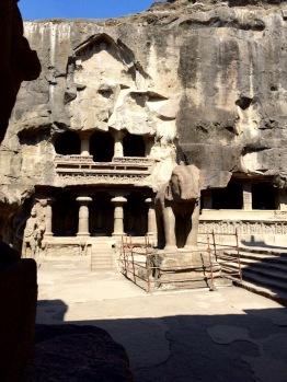 Travail impressionnant dans la pierre, Ellora, Inde