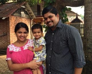 Ajish Varghese et sa famille