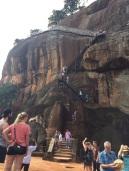 Escalier sur le flanc du Rocher à Sigiriya