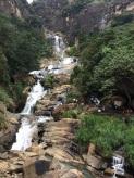 Cascade sur la route de Nuwara Eliya