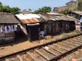 Bidonville près des rails, Colombo