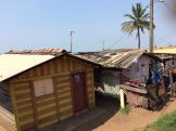 Ente la mer et les rails, Colombo