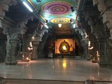 Allée centrale du musée Sri Meenakshi