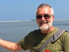 Robert sur la route de Dhanushkodi
