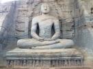 Kalu Gal Vihara Bouddha assis