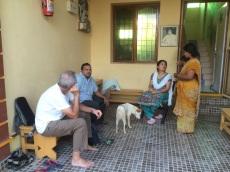Robert Bergeron, Navin Krsna et Ranjeeta Devi à Happy Home