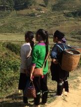 Les villageois empruntent les sentiers abrupts tous les jours, Xa Tà Van.