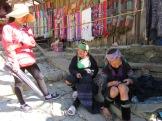 Notre guide Loan et deux femme Hmong, Sapa