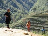 Une femme Hmong et son enfant, Sapa