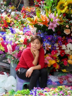 Marchande de fleurs, quartier des 36 Corporations, Hanoï
