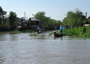 Pour une ballade sur un petit canal du delta du Mékong, Vietnam