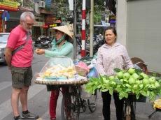 Marchande de fruits, Hanoï