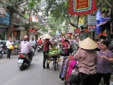 Rues achalandées du vieux quartier, Hanoï