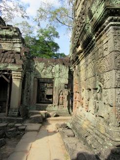 Se perdre dans les dédales de Preah Khan sous le soleil de fin d'après-midi, Angkor, Cambodge