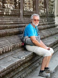 Repos au deuxième étage du Angkor Wat, Cambodge