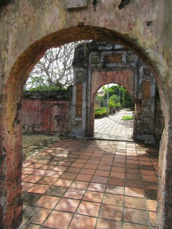 Dans la Citadelle, Hué