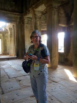 À l'intérieur de l'une des deux bibliothèques à l'entrée d'Angkor Wat, Cambodge