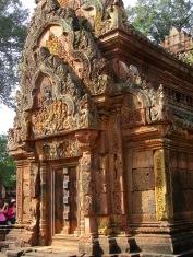 Linteaux de Bantaey Srei, Angkor, Cambodge