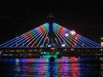 Han River Bridge, Da Nang
