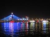 Han River Bridge à partir de la promenade Bach Dang, Da Nang