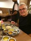 Robert devant un excellent thali, Kolkata, Inde