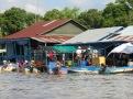 La vie dans un village flottant du Tonlé Sap, Cambodge