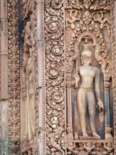 Détail d'une sculpture, Bantaey Srei, Angkor, Cambodge