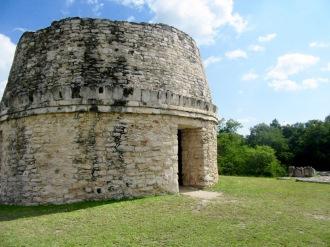 L'observatoire de Mayapan permettait déjà d'observer les astres en cette période de l'ère précolombienne, Yucatán, Mexique.