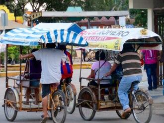 Ce moyen de transport plutôt écologique, est bien répandu dans cette région peu vallonnée, Oxkutzcab, Yucatán, Mexique.
