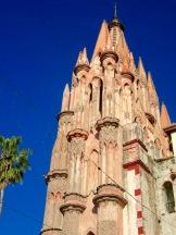 Les clochers de la Parroquia San Miguel Arcangel, San Miguel de Allende, Guanajuato, Mexique.