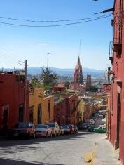 Visible de presque toute la ville, la Parroquia demeure une attraction incontournable et sert souvent de point de repère pour les visiteurs, San Miguel de Allende, Guanajuato, Mexique.