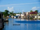 Le Haulover Creek traverse Belize City et offre de magnifiques points de vue. Belize District, Belize.