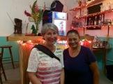 Notre précieuse Ana, la proprétaire du restaurant Pelican. Nous lui souhaitons tout le succès qu'elle mérite. Punta Gorda, Toledo District, Belize.