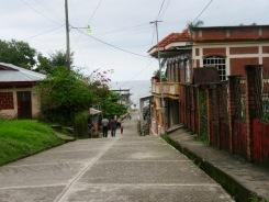 La plupart des rues de Livingston mènent à la mer. Guatemala.