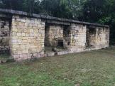 Malgré ses fortifications, la ville fut quand même attaquée, saccagée et brûlée. (Photo de Robert) Aguacate, Petén, Guatemala.