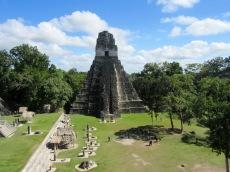 El Gran Jaguar ou le Temple I, devant la Grande Plaza à Tikal, Petén, Guatemala.