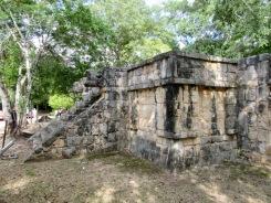 Chaque petit détour nous fait découvrir de nouveaux lieux qui font rêver. Chichen Itzà, Yucatán, Mexique.