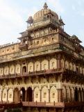 Les quartiers du roi surplombent l'ensemble du palais, Birsingh Deo, Datia, Inde.