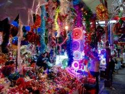 Décorations de Noël en vente au marché Ignacio Ramirez de San Miguel de Allende, Guanajuato, Mexique.