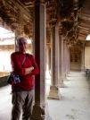 Des passerelles mènent aux quartiers du roi, Birsingh Deo Palace, Datia, Inde.