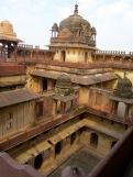 Une des cours intérieures du Birsingh Deo Palace à Datia en Inde.