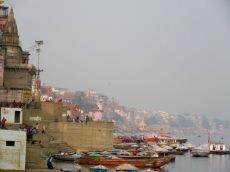 Varanasi, la majestueuse, est construite le long du Gange, Inde.