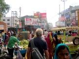 Circuler dans les rues de Varanasi demande une attention de tous les instants, Inde.