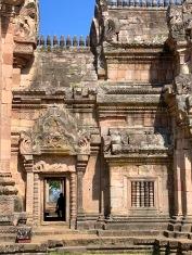 Le Prasat Phanom Rung et ses détails architecturaux bien représentatifs du monde Khmer. Isan, Thaïlande.